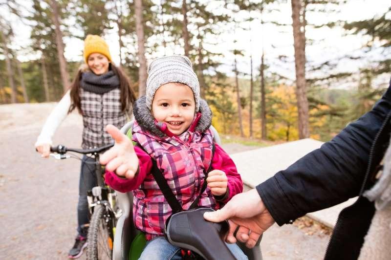 jazda rowerem z dzieckiem